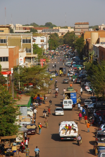 Ouagadougou_city_centre_day